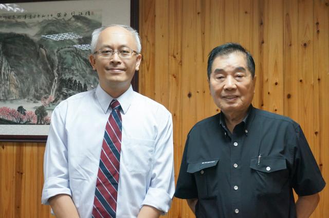 本院院長陳意千和潤福生活事業董事長楊子敬代表長照與會