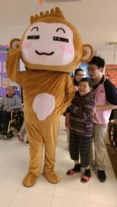 今年吉祥物「金猴獻瑞」最受長輩青睞